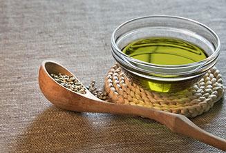 Hamp olie og hamp frø