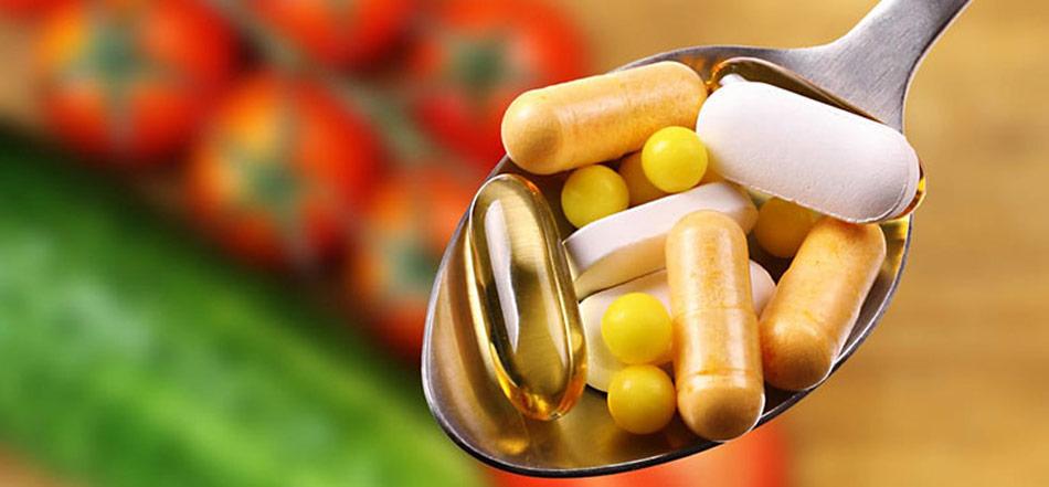 Mængden af vitamin-tilskud kan godt vokse sig stort, hvis man skal have dækket sit vitaminbehov med kosttilskud.
