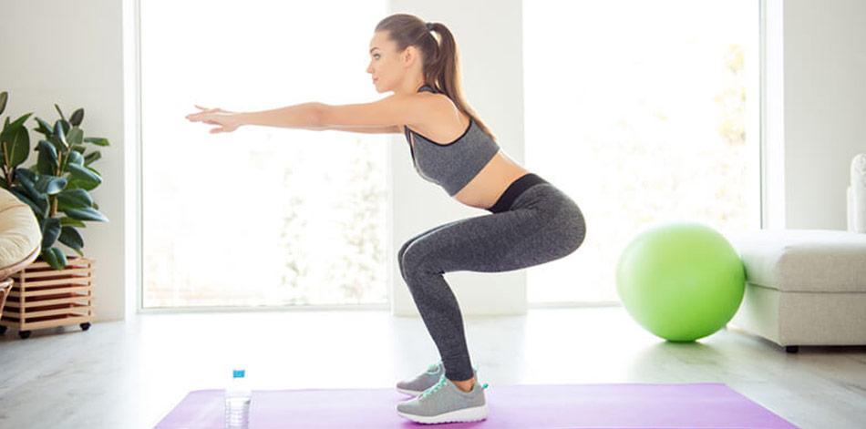Squats er ifølge ekspertundersøgelser en af de bedste træningsøvelser til at få faste balder.